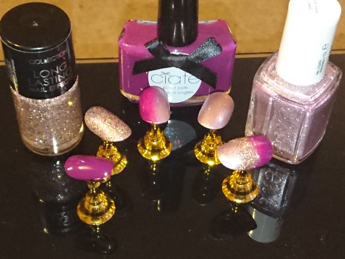 #ciate #essie #colourshow, mix and match for autumn / winter nails<br>http://pic.twitter.com/Mh1Ce9rDNA