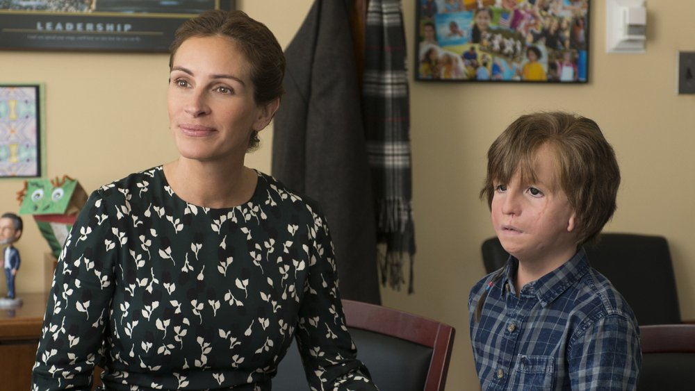 #Wonder marks the biggest opening for a film with Julia Roberts as a lead actor since &#39;America&#39;s Sweethearts&#39; in 2001  http:// bit.ly/2mDJMkN  &nbsp;  <br>http://pic.twitter.com/s1ecGxWwV9