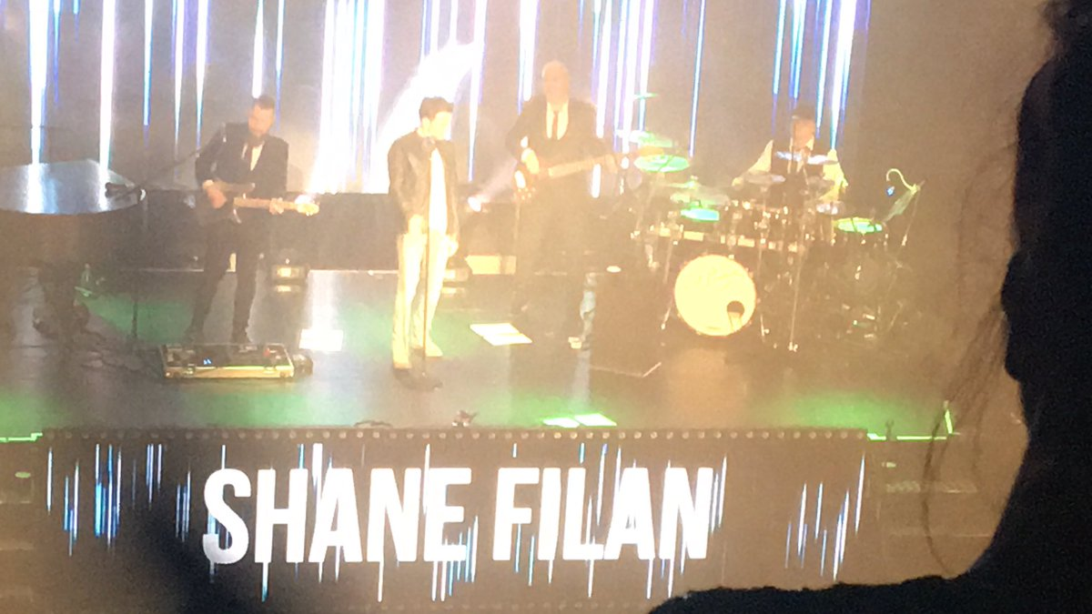 RT or favourite this tweet if you went to @ShaneFilan 's gig in Dublin. I wanna follow you all  and hope to see you all once again there! #LoveAlwaysTourDublin #OneMonthAgo #Myfeelings<br>http://pic.twitter.com/rPGeCgZN5v