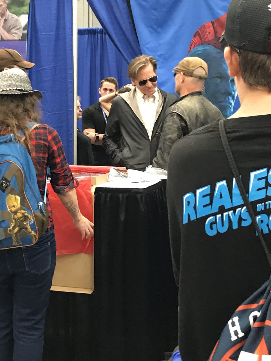 A nice moment yesterday with @valkilmer and @RookerOnline at @WizardWorld #Austin. <br>http://pic.twitter.com/wUFISU2d29