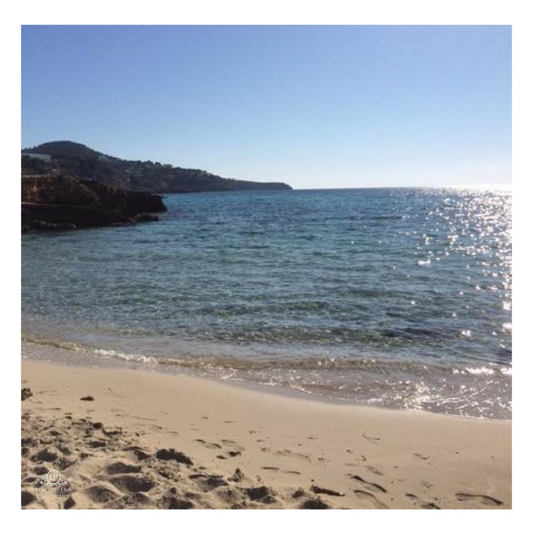 Paradise #Ibiza <br>http://pic.twitter.com/mnhbUJglbK