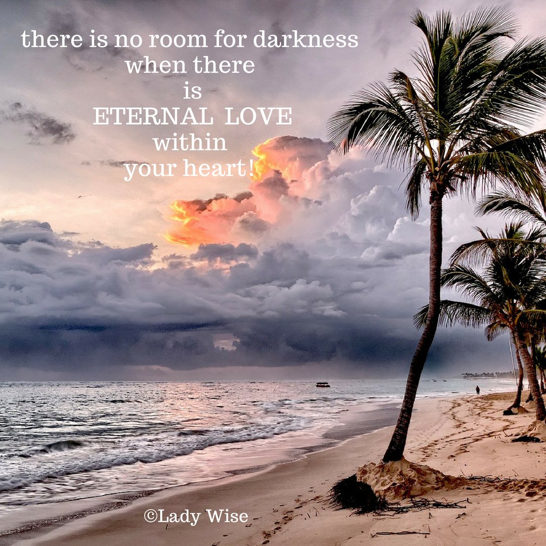 there is no room for darkness when there is eternal love within your heart  #ThinkBIGSundayWithMarsha #JoyTrain #SuccessTrain #inspire #life<br>http://pic.twitter.com/3UswhWAJlO