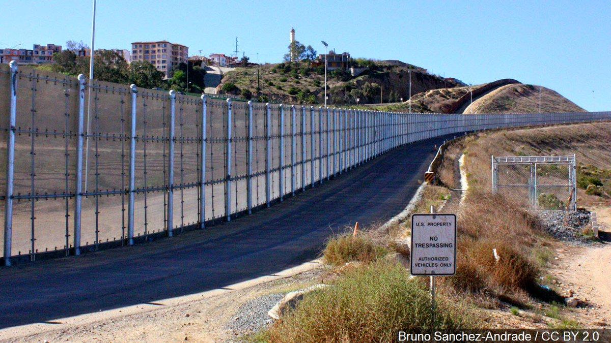 Border Patrol agent dies after suffering severe injuries on duty https://t.co/NkuLmF3AVf