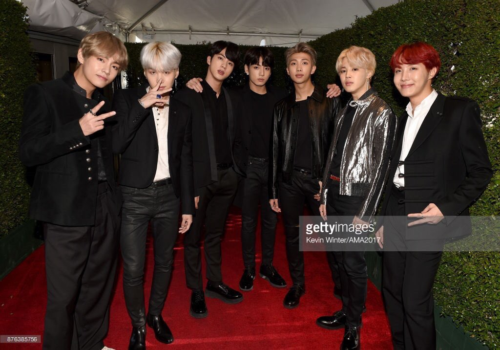 BTS hits the red carpet at the #AMAs as K-pop groups continue to find fans in the U.S. https://t.co/f3cnh40Ac7