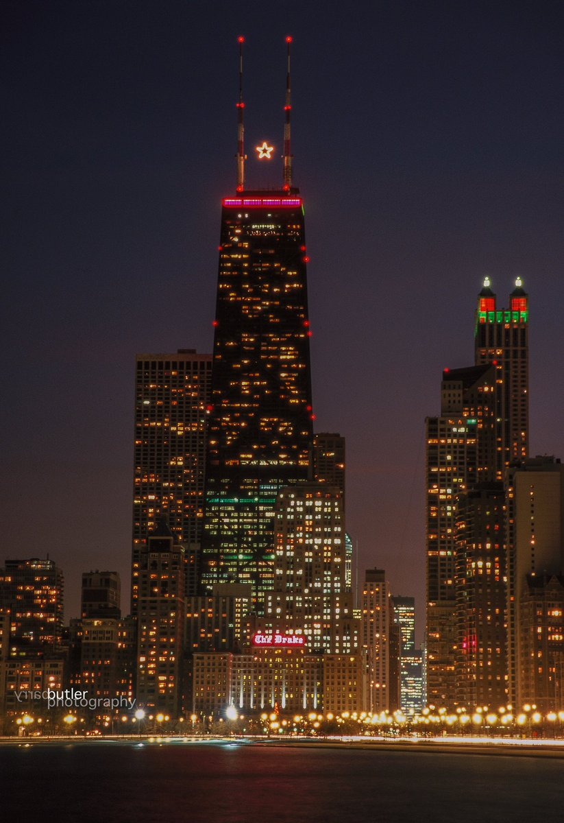 Christmas In Chicago Skyline.Barry Butler On Twitter Chicago From Christmas Past The
