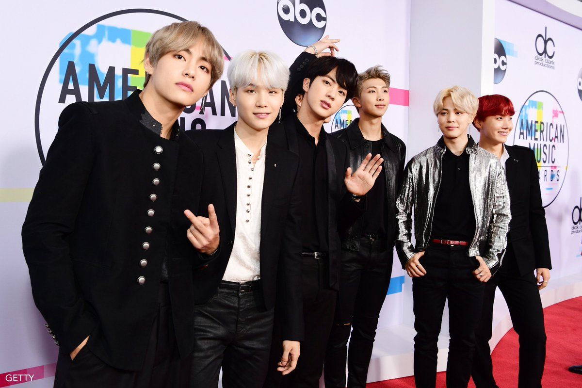 Hey @BTS_twt Army, they says it is because of YOU that they can have this amazing night!  #AMAs #BTSxAMAs #ARMYxAMAs