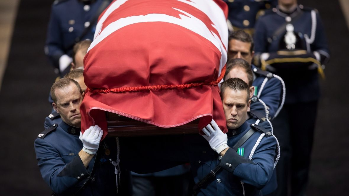 Thousands attend full regimental funeral for B.C. police officer killed in the line of duty https://t.co/nVa2HZzFn7