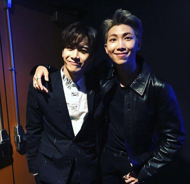 GOT7 Jackson and RM at AMA! #BTSxAMAs #방...