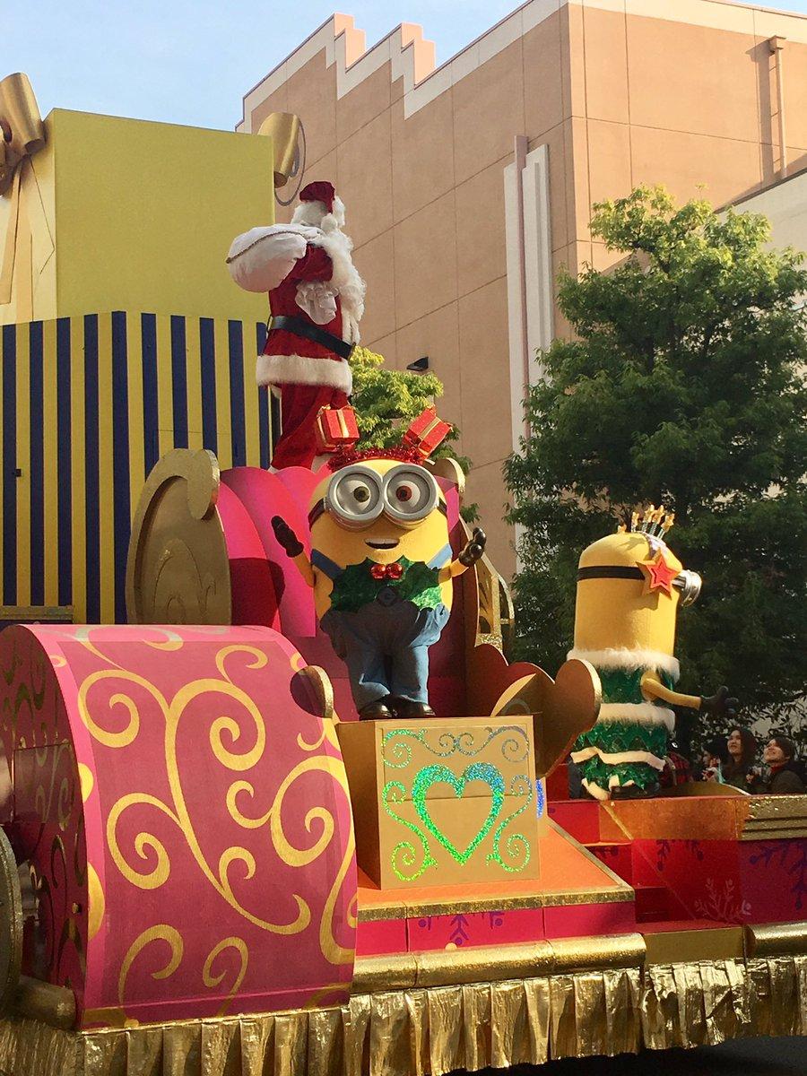 きゃりーぱみゅぱみゅさんのFNS歌謡祭はUSJにある世界一