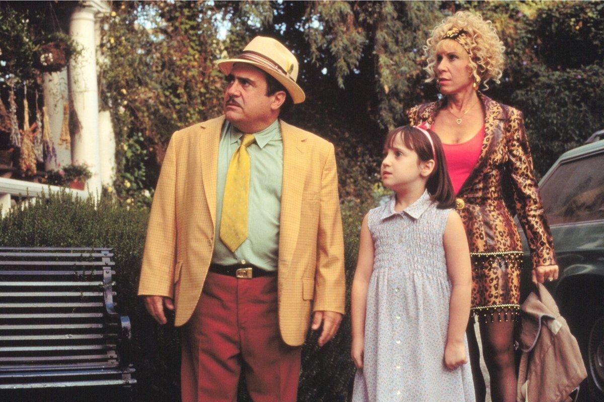 ¿Recuerdas a la pequeña 'Matilda'? Sus personajes se reencontraron y te mostramos el momento >> https://t.co/kkYmfEdMWt