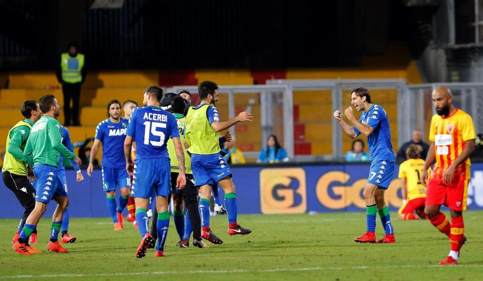 #Benevento broke #ManchesterUnited&#39;s record for the worst start to a season in the top five European leagues after losing in added time to #Sassuolo <br>http://pic.twitter.com/A2UAUT1Osl