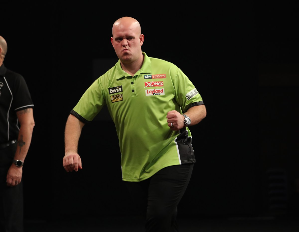 @MvG180 at the bwin Grand Slam 2017. 105 average  145 x 100+ visits  35 x 180&#39;s  53% double success  What a champion  #lovethedarts #bwinGrandSlam #GrandSlamofDarts2017 #darts #bwinGrandSlam #bwin <br>http://pic.twitter.com/uAfixcPp7M