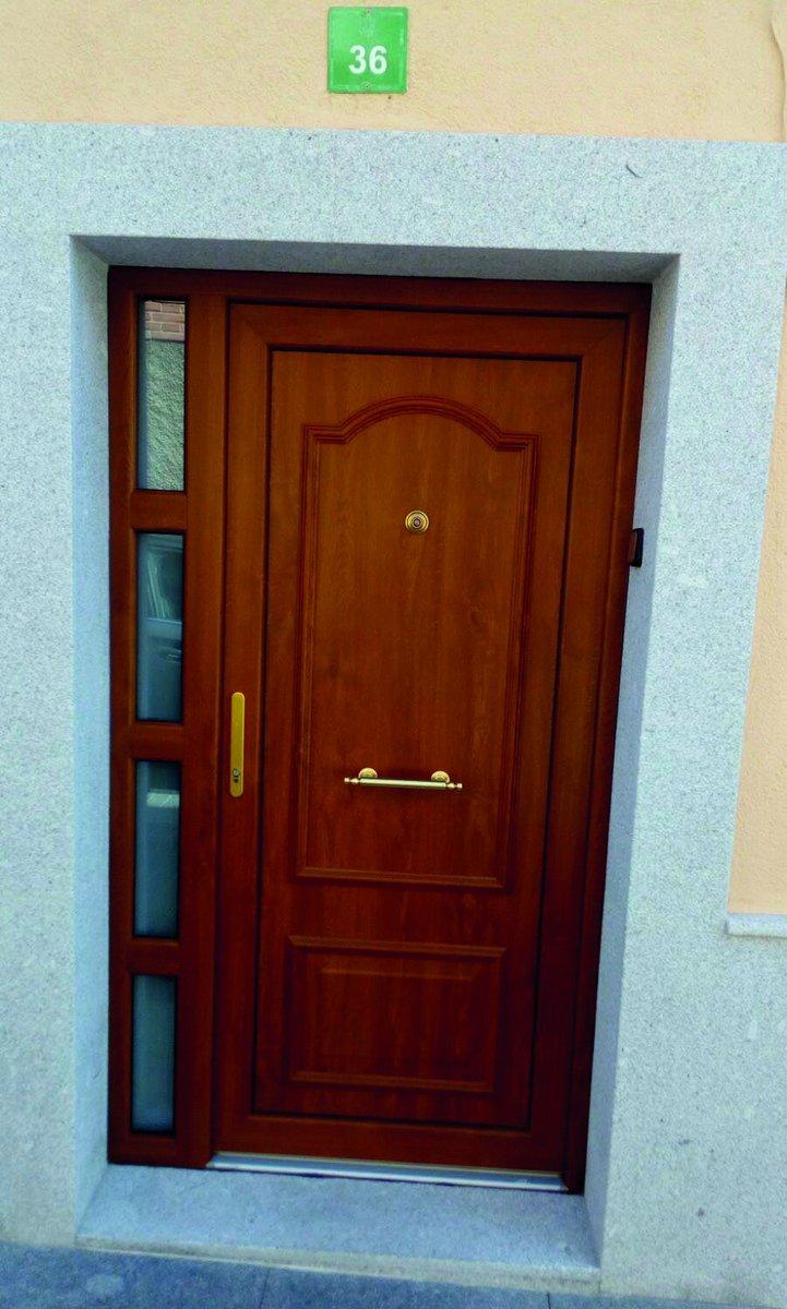 Como lacar una puerta de madera stunning como lacar una for Como lacar una puerta barnizada