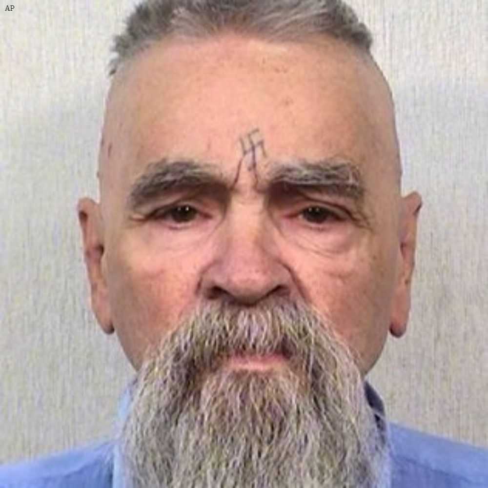 Notorious mass murderer Charles Manson, whose 1969 cult slayings horrified the world, dies at age 83: https://t.co/5QlxH8uX5A