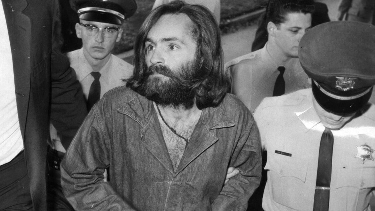 Cult leader and convicted mass murderer Charles Manson is dead at 83. https://t.co/I0ozoy5Hny