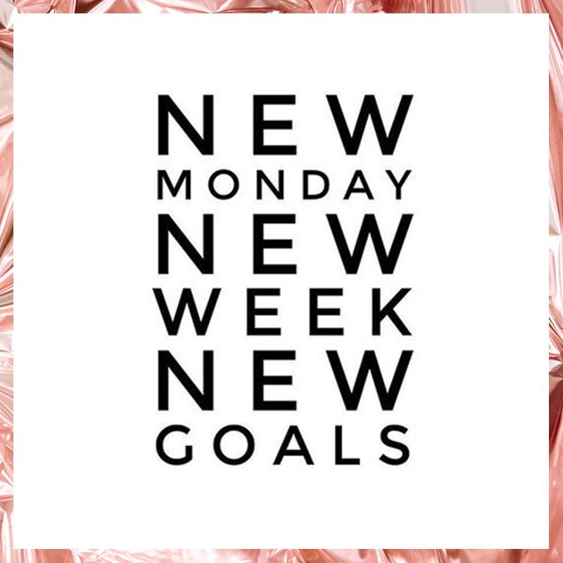 New Monday, new week and new goals! OWN IT 🎀 #ownit2017