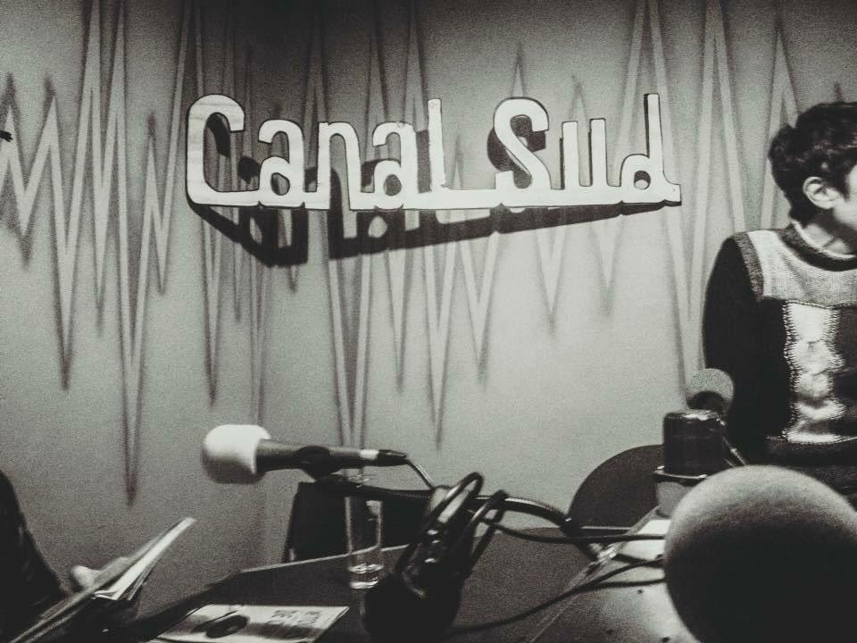#CoudPousse #Toulouse Ce soir dès 20h, retrouvez-ns à l'antenne de Canal Sud Radio ds le cadre de l'émission Espéranto Magazino. Vs pourrez ns écouter en direct ici: http://91.224.148.160:8000/canalsud-live #Dara #Youcef et #Sylvie pic.twitter.com/TuzCIW5ZVE