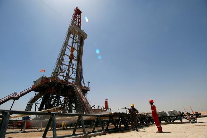 Oil markets tepid ahead of Nov. 30 OPEC meeting https://t.co/9t2rAotlkz https://t.co/o03tdCF8cv