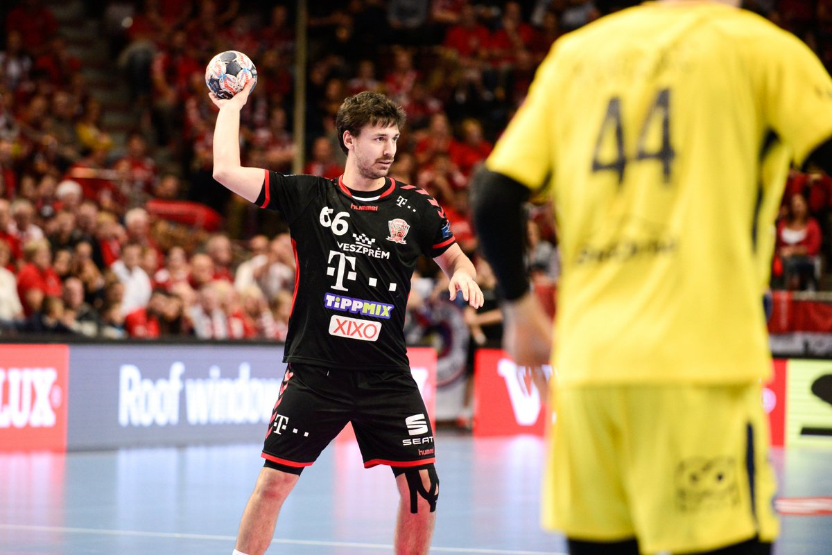 Vote for Máté Lékai to award him again with Player of Round title in @ehfcl https://t.co/1pGKOUrbjK https://t.co/ddVGzrsvmF