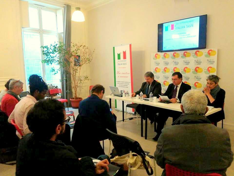 Ccil on twitter conf rence de presse de la chambre de for Chambre de commerce franco italienne