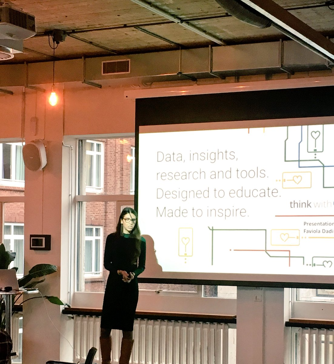 Solve #newmr challenges with  @Google and grow with data driven real time optimalisation  #- estimate the value  of your products with @Veylinx auction research #marketinsights #insights Now live @ESOMAR Research Rally @Neuro_Barbie @AnouarElHaji<br>http://pic.twitter.com/Qje79wkzhy