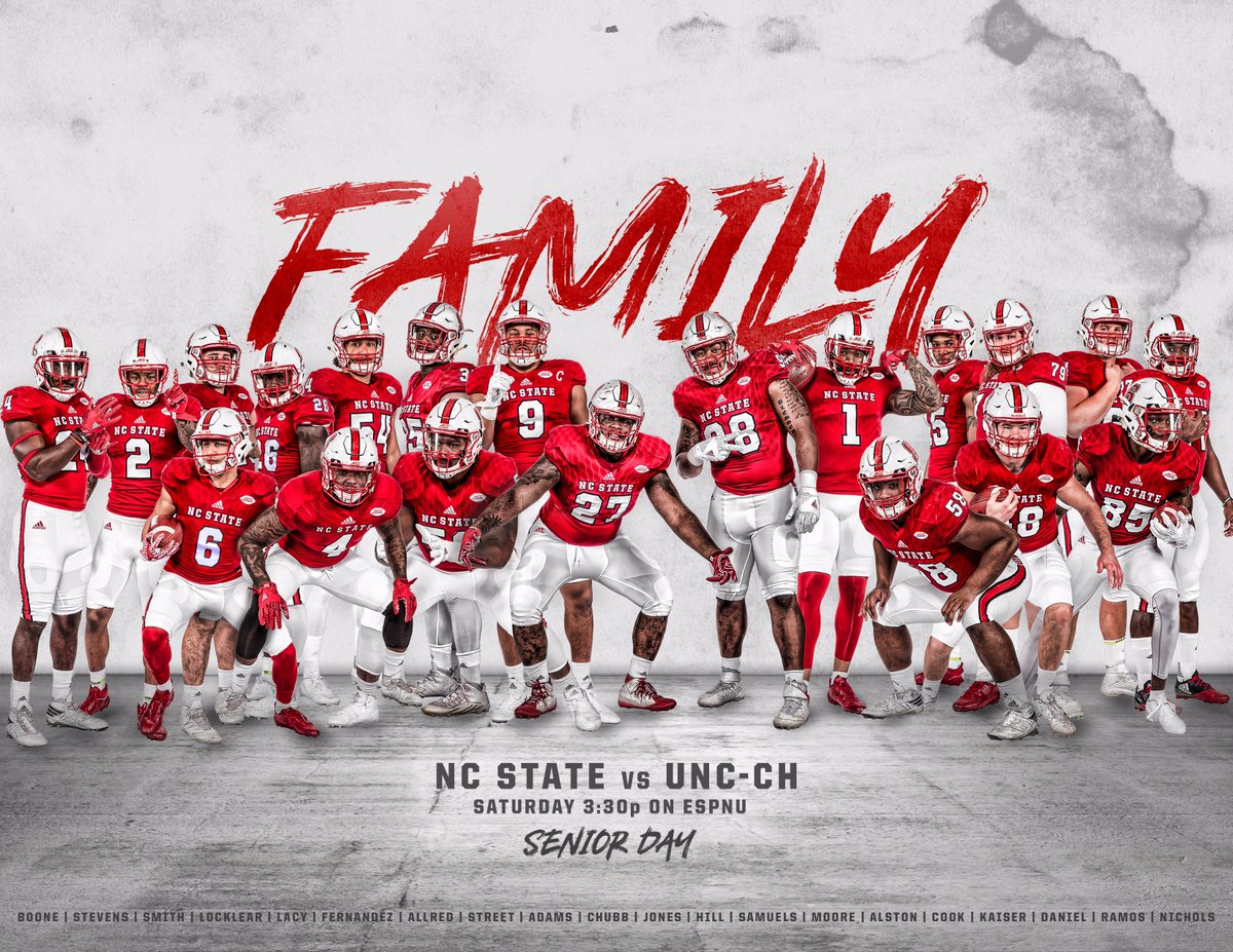 This week, we pay tribute to this special group of seniors.  #family #1Pack1Goal <br>http://pic.twitter.com/Kj2IT81Kwd