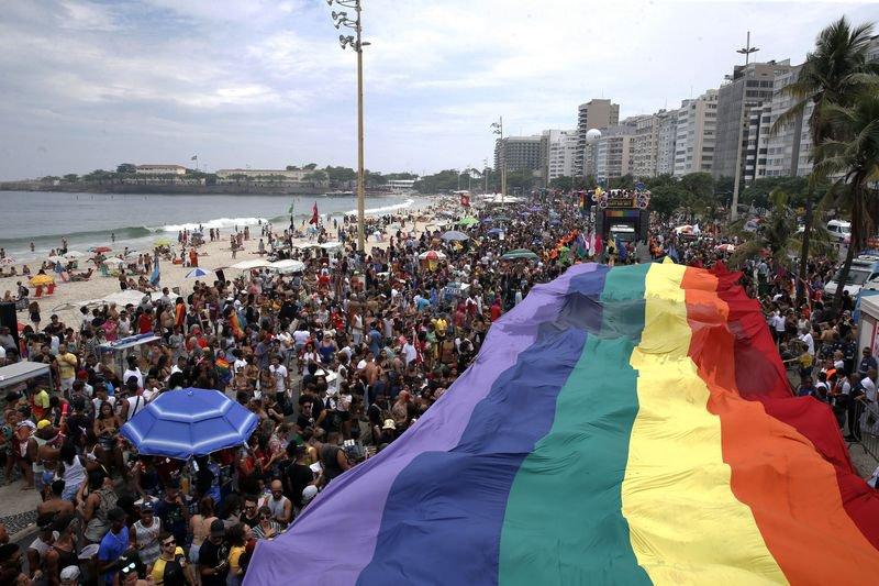 📷 | Veja como foi a Parada do Orgulho LGBT do Rio pelo olhar da nossa fotógrafa Tânia Rêgo: https://t.co/ghwes0oOlc