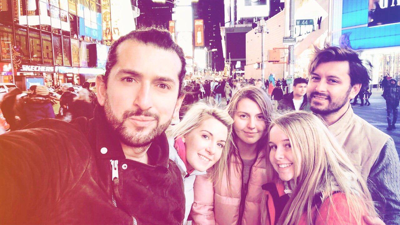 Family time is the BEST @Gourounlian Shannon,Tara & Chloe ❤️ #nyc #family #irish #armenian https://t.co/bn0tu2dHLB