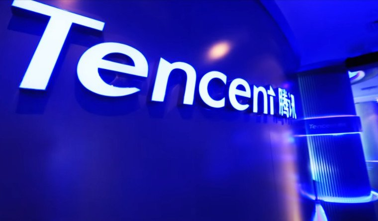 #Tencent has become the first Chinese company to cross a turnover of $500 billion. #Alibaba trails behind at $475 billion. Tencent has investments in #wechat #Tesla, #Ola, #Flipkart, #Snapchat, #hike, #practo etc. Its gaming assets #ClashofClans brought $5 billion last quarter<br>http://pic.twitter.com/xgdTSdxEZq