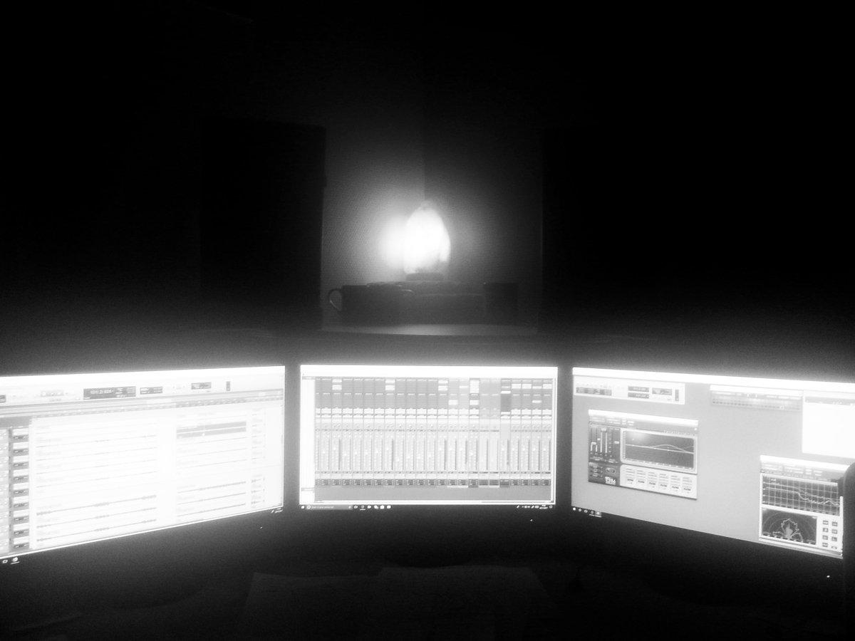 Little Shark Studios #littlesharkstudios #studio #homestudio #music #Nantes  #Avid #protools<br>http://pic.twitter.com/HGCpigEE8w