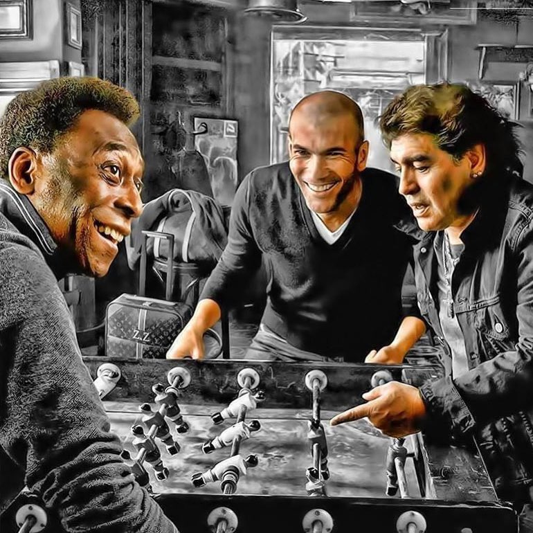 [#Legendes✨] Pelé 🇧🇷 x Zidane 🇫🇷 x Maradona 🇦🇷   😍😍😍
