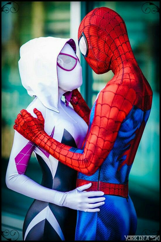 Photo Repair Wizards On Twitter Spider Gwen And Man Sitting