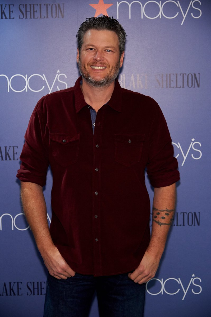 Hope y'all are lovin the new clothing line with @macys!! #BSbyBlakeShelton https://t.co/zEtlOhOVPP