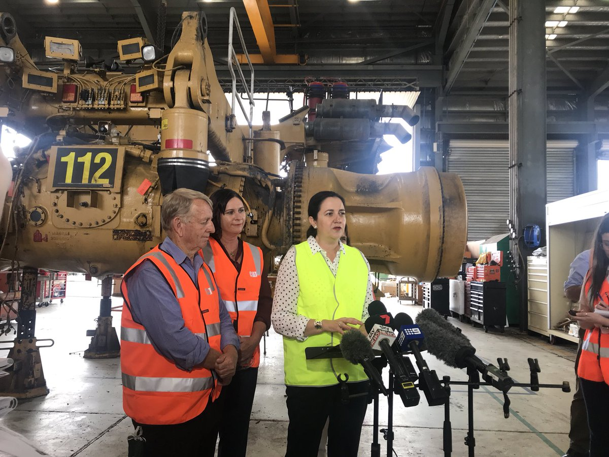 Labor announces $3.6m for #resource centre of excellence in #Mackay. The LNP announced the same thing last week. #qldvotes #QldVotes2017<br>http://pic.twitter.com/88Fycwsgau