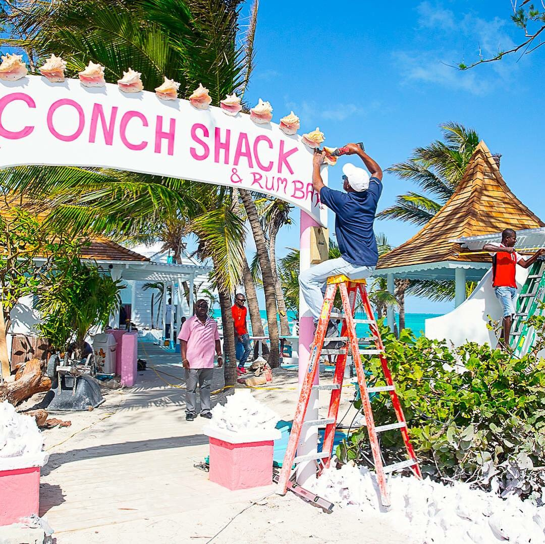 Da Conch Shack is reopening, looks better than ever! #IrmaRecovery #TurksAndCaicos @DaConchShack  http://www. facebook.com/permalink.php? story_fbid=10159478028720461&amp;id=20890800460 &nbsp; … <br>http://pic.twitter.com/9agaT8zETU