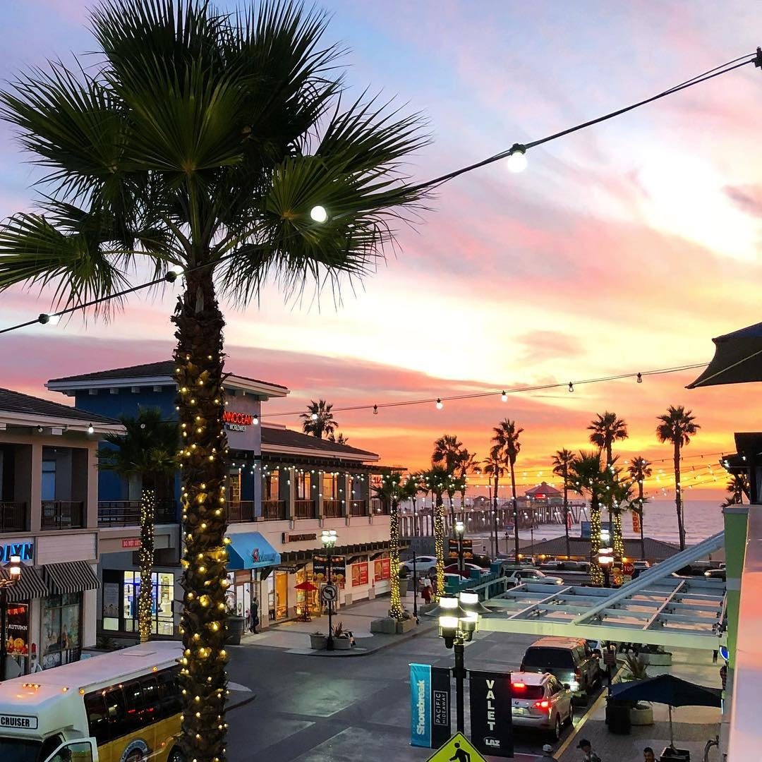 RT @HBSurfCityUSA: Unwrap 5th & PCH during the holidays...here are our tips 👉https://t.co/yw9gVKjqJf #SurfCityUSA https://t.co/wX956HIq7B