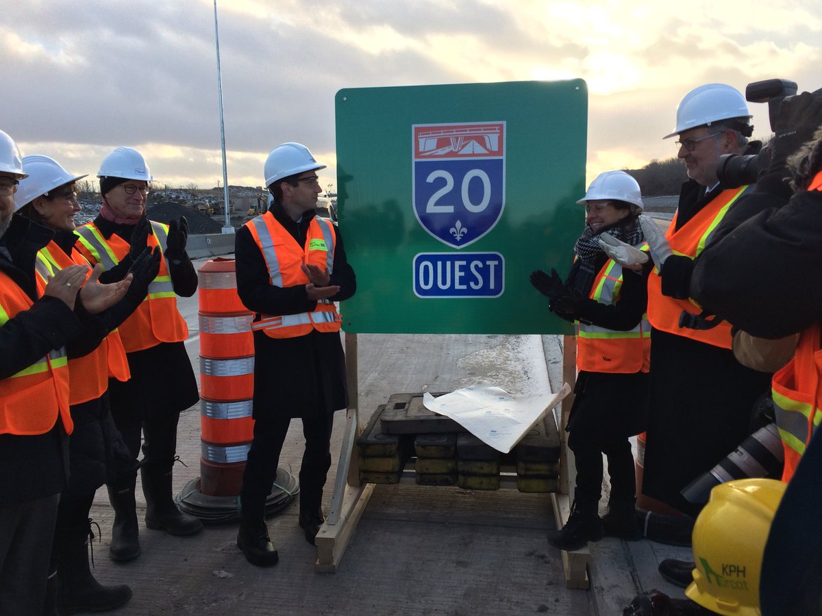 Interesting visit with colleagues @AvecAndreFortin , @PierreArcand , @MNAgeoffkelley , @DavidBirnbaum1 and the mayor of Montreal @Val_Plante of the Turcot interchange construction site ! 56% of work completed ! #polqc #assnat #MTL<br>http://pic.twitter.com/4Ga4iNjiCl