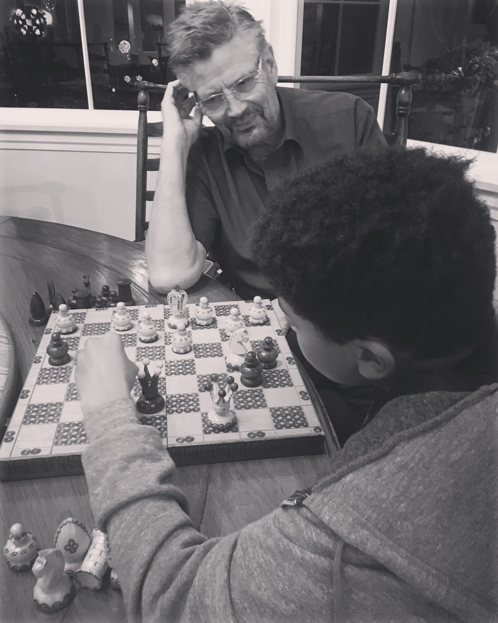 I loved playing Chess with my dad growing up .... now he plays with my son 😊 https://t.co/udR7jt9ZwO