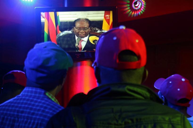 Zimbabwe's Mugabe faces impeachment afte...