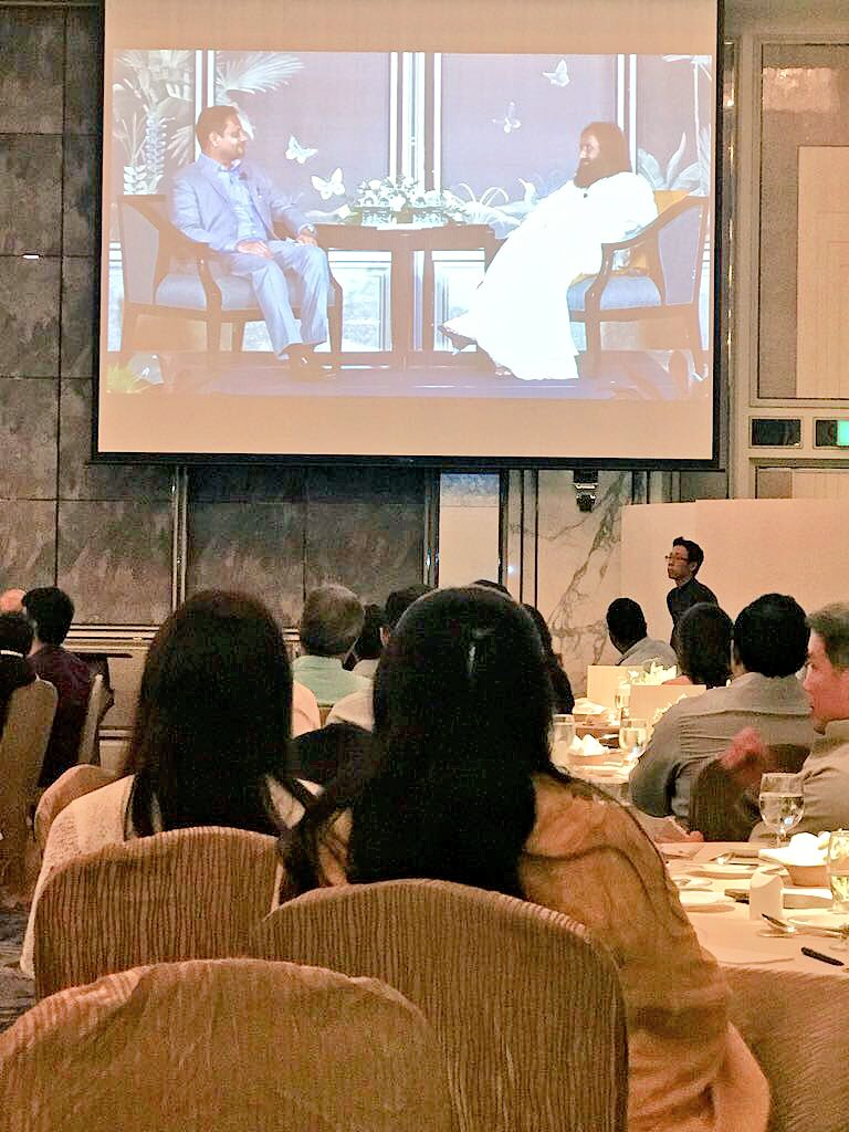 Gave a talk to corporate leaders and entrepreneurs at the Shangri-La Hotel in Singapore.