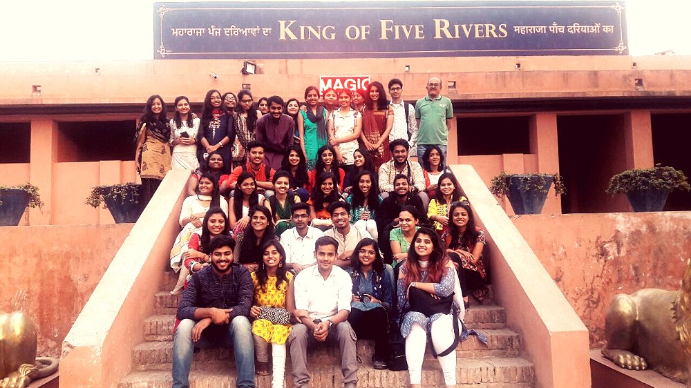 test Twitter Media - B. K. P. S College, Pune visited at #Gobindgarhfort & #enjoyed Maharaja Ranjit Singh Ji #7Dshow and learnt about #history of the fort #whisperingwalls #lasershow #museum #exhibition #art #entertainment #folkdance…https://t.co/HooR4Y7Cdy https://t.co/Gu7HCx5Ehu