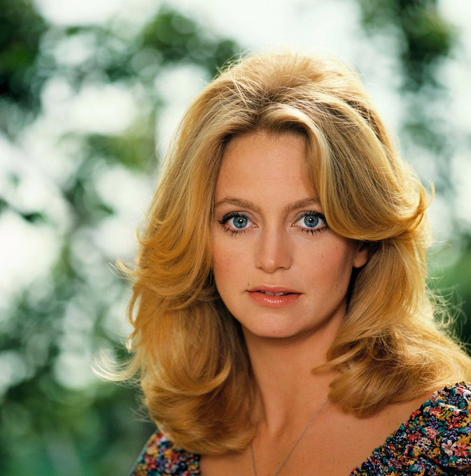 Happy Birthday to Goldie Hawn who turns 72 today!