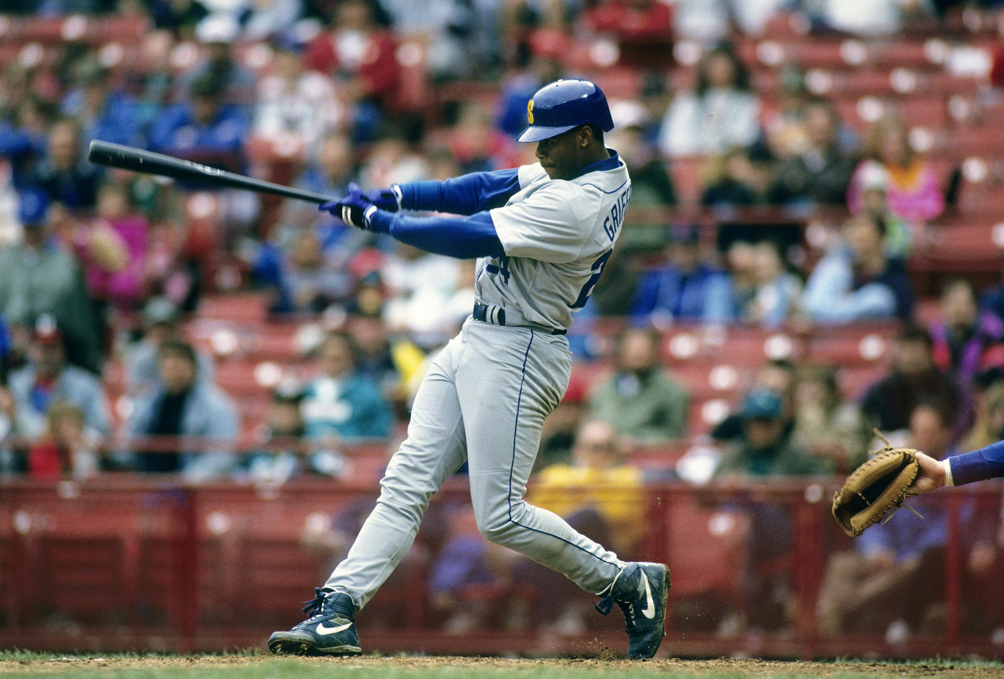 Happy Birthday to Ken Griffey Jr., who turns 48 today!