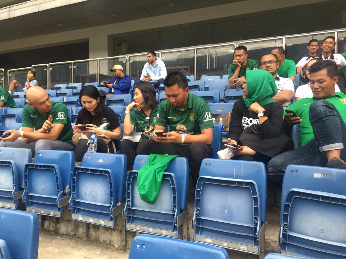Suporter Sepakbola indonesia Jaman Now!