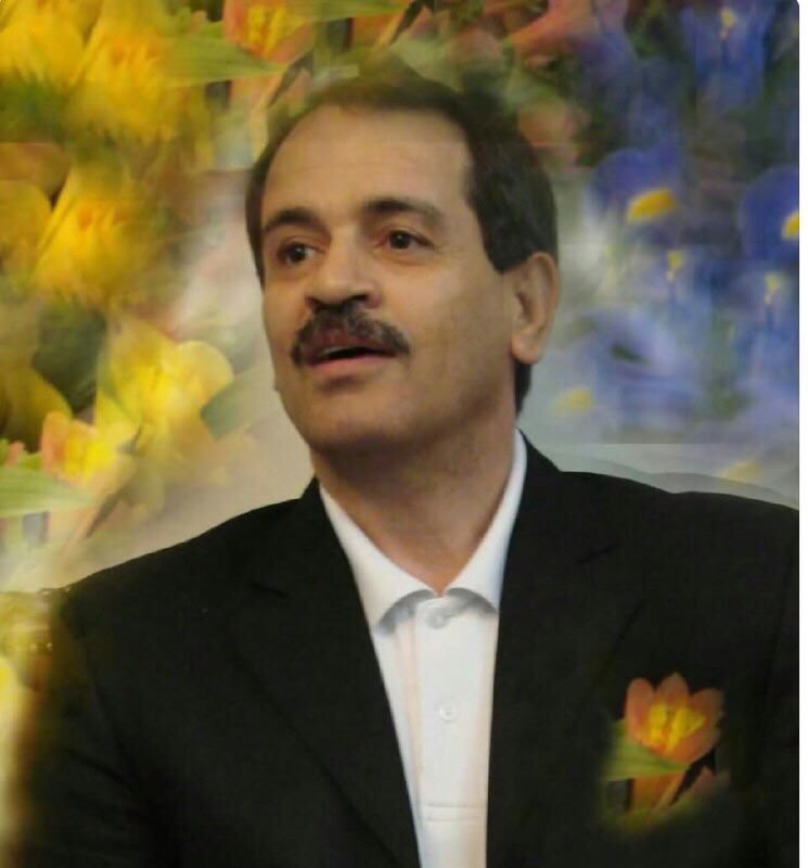 #Iran: @khamenei_ir @HassanRouhani @JZarif #SadeghLarijani #IRCG for 7yrs Mr #Taheri has bee tortured, flogged, held in a self confinement, paid the ransom many &amp; still in detention until now, how much more suffering he has to endure for a crime he never commit? #FreeTaheri Now! <br>http://pic.twitter.com/ON064zciwv