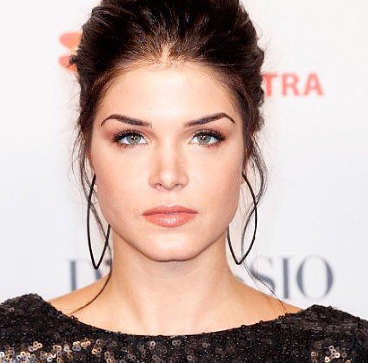 """Marie Avgeropoulos News. on Twitter: """"Marie posted this on ..."""