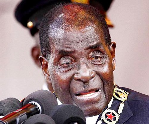 🚨 BREAKING NEWS: Robert Mugabe the worlds oldest president resigns at the age of 93 after 37 years in power. Uncle Bobs official statement I resign with immediate effect for the welfare of the people of #Zimbabwe. #MugabeHasFallen #MugabeResigns #MugabeIsOverParty 🇿🇼
