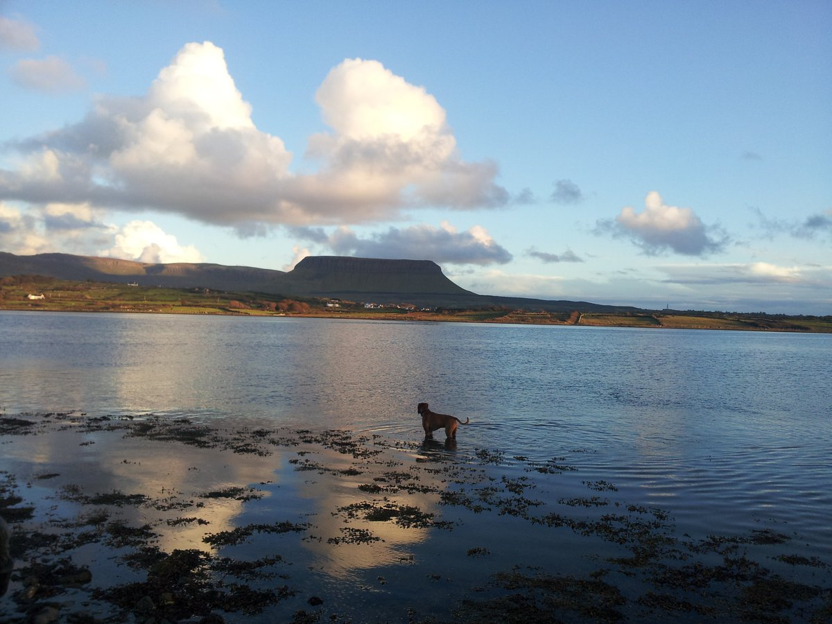 Still 2 days left to enter this great @sligowalks comp. Can we win?