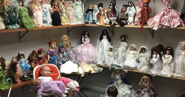 Just Pinned to Prop Source Instagram: For all your doll needs! We don&#39;t judge ...    #dolls #creepydolls #props #gapropsource #atlfilm #gafilm #setdec  http:// ift.tt/2zmClnP  &nbsp;  <br>http://pic.twitter.com/1Pk3kfEOIp