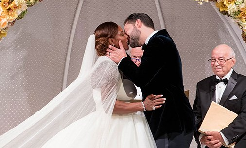 .@serenawilliams weds @alexisohanian in fairy tale style at star-studded ceremony last Thursday. Read more in our latest issue, out now!